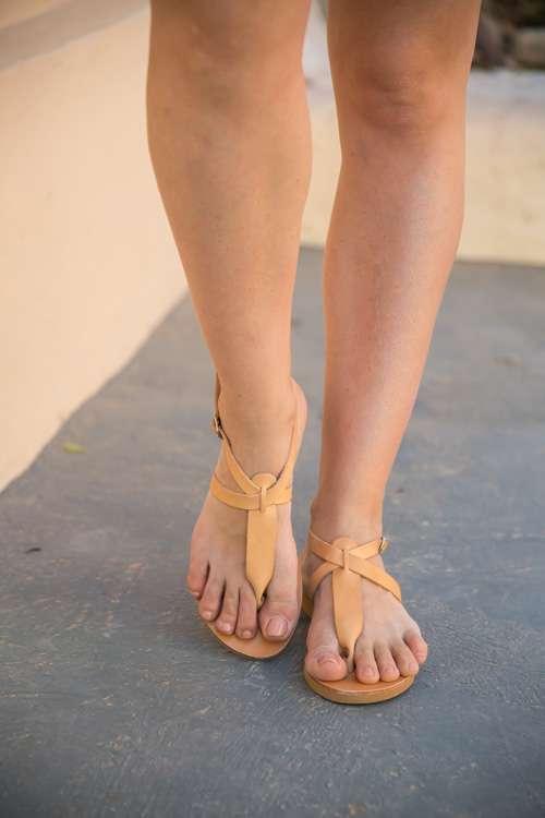 Karpathos-handmade-greek-thong-sandals-women-leather-ballsai