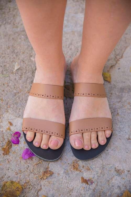 Acropolis-greek-leather-women-sandals-ballsai