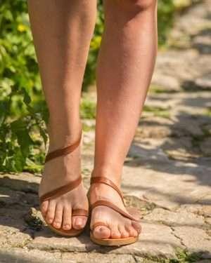 Sarwnida-handmade-sandals-strap-women-ballsai-griechishe-toe-ring-athens-women