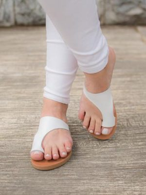 Domna-white-leather-sandals-women-ballsai
