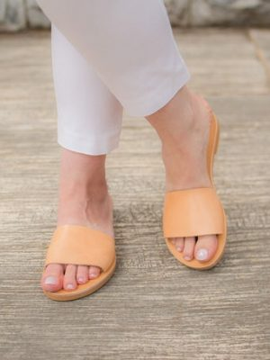 Lemnos-greek-handmade-women-leather-sandals-from-ballsai.jpg