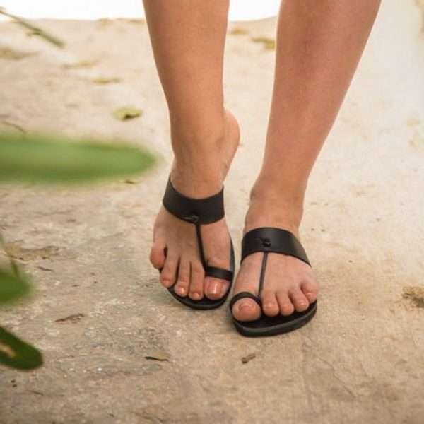 Rea-handmade-women-leather-sandals-by-ballsai-in-greece