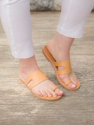 Cyclades-handmade-greek-women-leather-sandals-ballsai